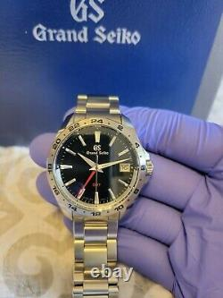 Grand Seiko Quartz GMT SBGN005 EXCELLENT cond Box/Papers & unworn bracelet