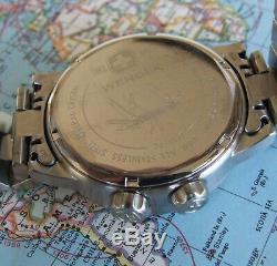 MeNs WENGER Swiss Army WORLD Time GMT COMMANDO4 Hand Black DialSS BraceletEUC