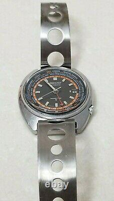 SEIKO 6117-6400 WORLD TIME GMT Automatic Black Dial Japan Good Condition Vtg 70s